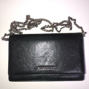 100% Authentic Givenchy Pandora Wallet on Chain